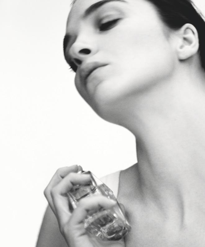 Ma Dahlia Noir Perfume Oil: Givenchy Dahlia Noir L'Eau